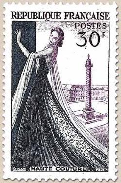 14 941 24 04 1953 haute couture 1
