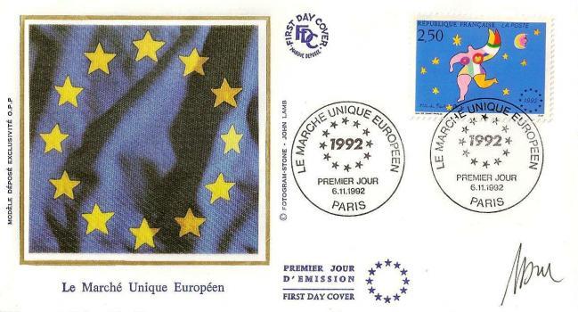 24 2776 06 11 1992 marche unique europeen